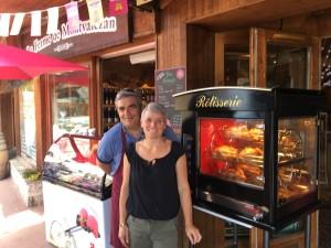 Valérie et son mari, Olivier, qui l'épaulera le week-end et pour les fêtes.