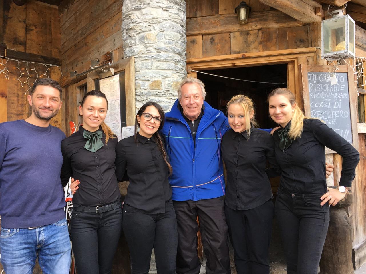 ... Idem au Coppapan, à La Thuile, où Gianni, Giorgio et leur commando de charme vous proposeront un somptueux menu Rosière.