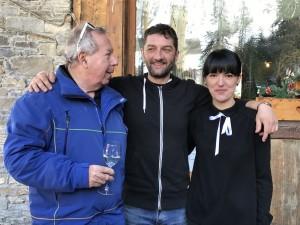 Le président de l'ACCB avec Viorella et Gianni, deux des maîtres des lieux.