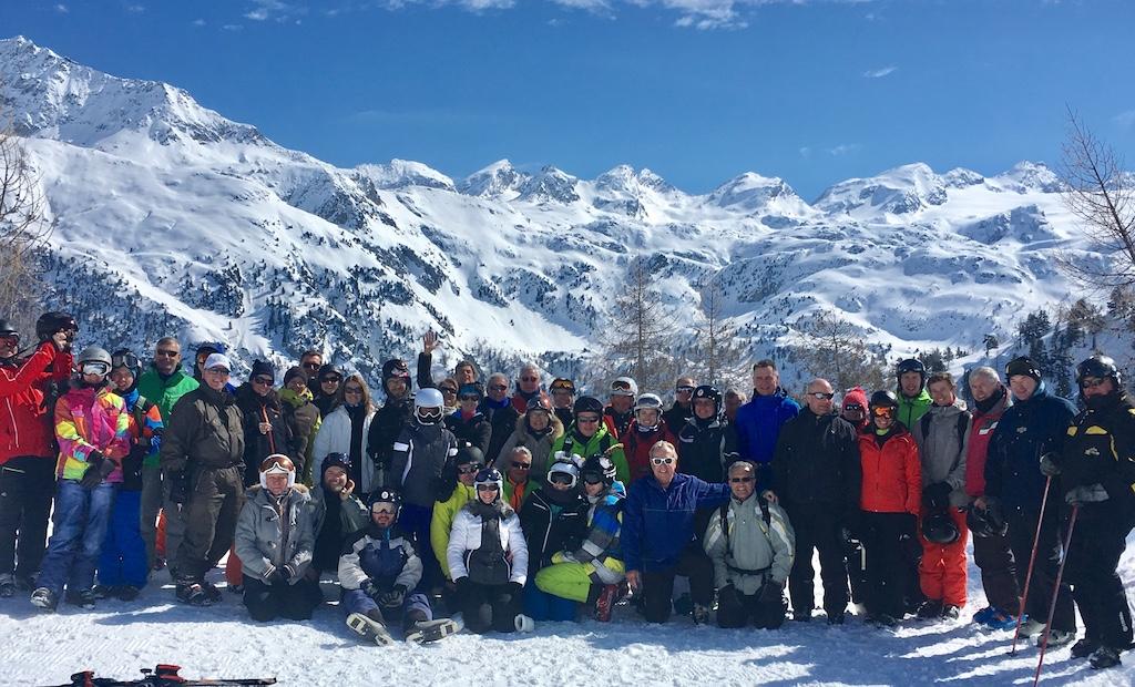 Photo souvenir devant le glacier du Ruitor