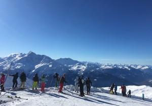 Côté sud, le Mont Pourri et d'autres sommets à perte de vue.